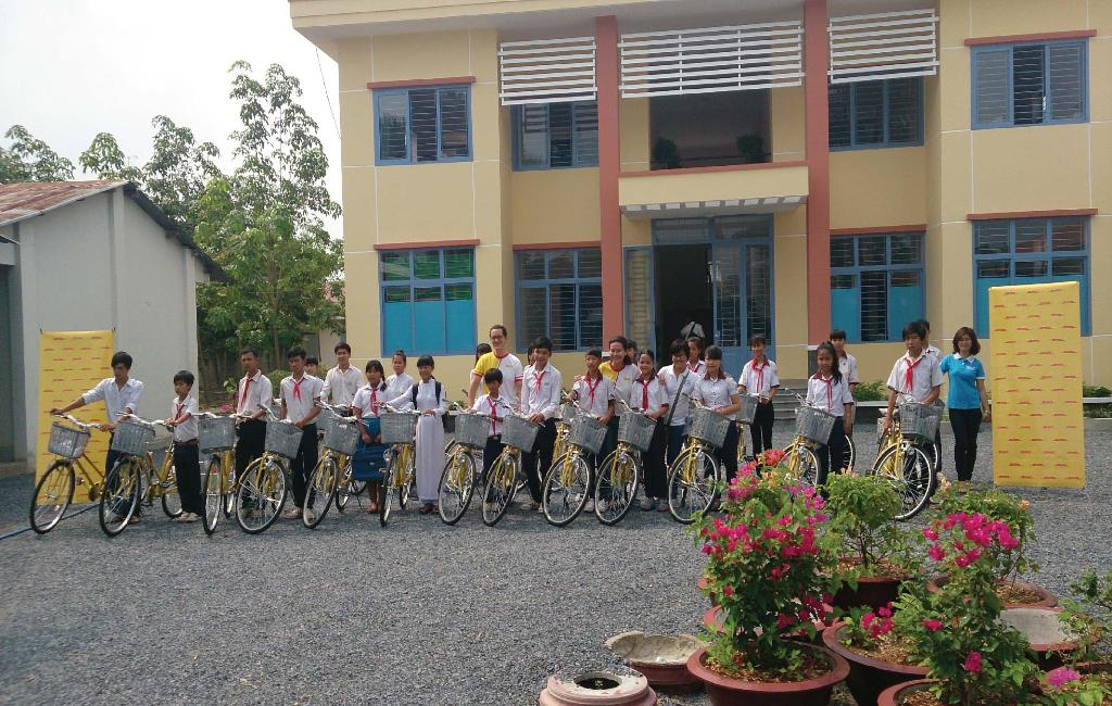 One bicycle can save a Child's education – meet Lê Thanh Tú