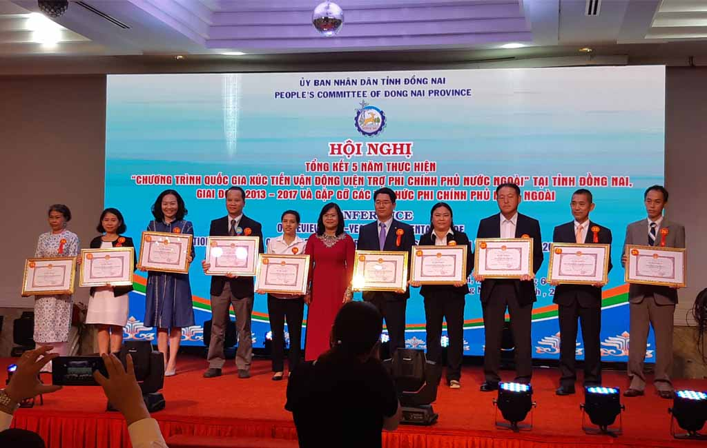 Saigonchildren was awarded a certificate of merits for the active contributions in social development activities in Dong Nai Province
