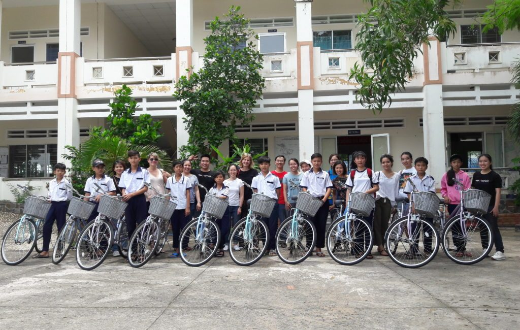Trip with H&M to Cần Giờ to distribute bicylces